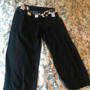 Lululemon size 8 crop pants